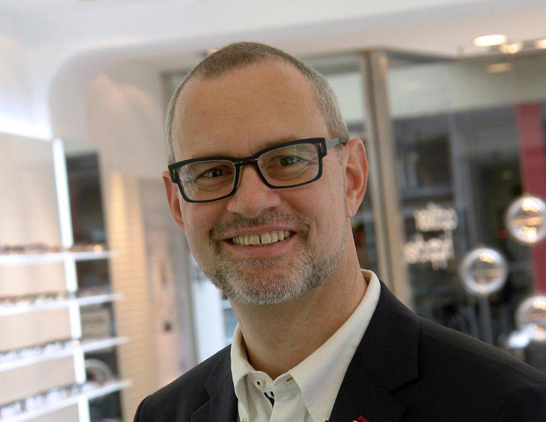 optik hippchen Manuel Hoff Augenoptikermeister und Geschäftsführer mit Spezialgebiet Sportoptik